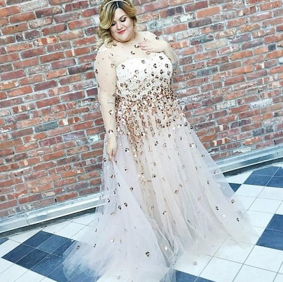 Sheer plus size dress - PlusLook.eu Collection