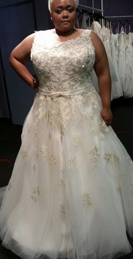 Gold plus size bridesmaid dresses collection for Plus size bling wedding dresses
