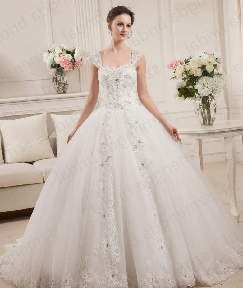 Plus size ball gown wedding dress collection for Wedding dresses without sleeves