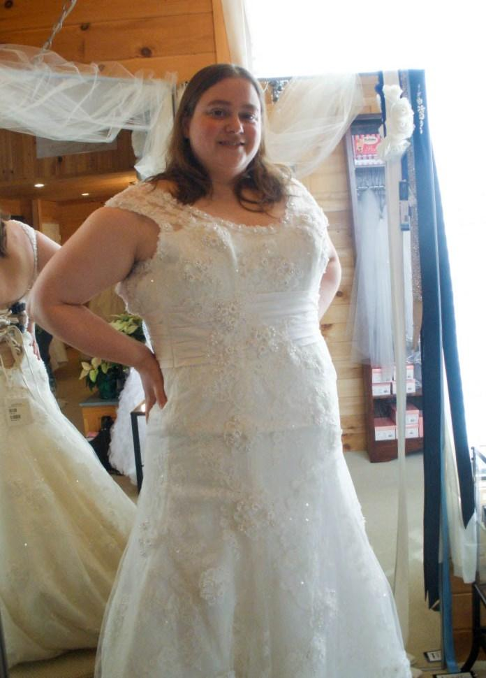 Plus Size Models In Wedding Dresses Pluslook Eu Collection