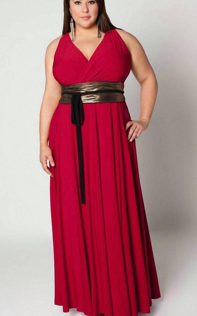 Plus-size prom: Finding dresses in larger sizes is an exercise in frustration