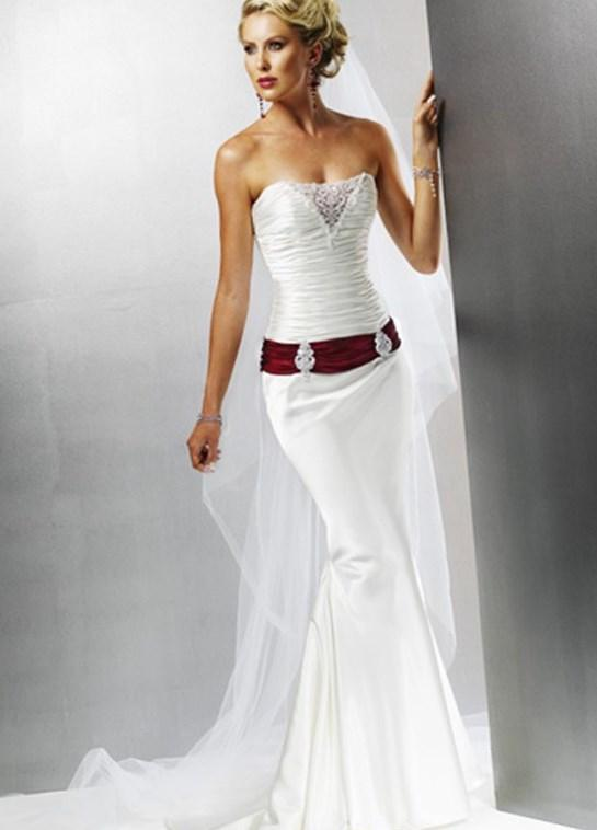 Wedding dresses for plus size mature brides for Dresses for 2nd weddings