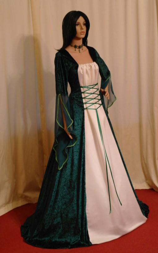 Plus size medieval wedding dresses - PlusLook.eu Collection