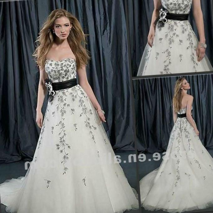 Plus Size Black And White Wedding Dresses With Sleeves Re Re