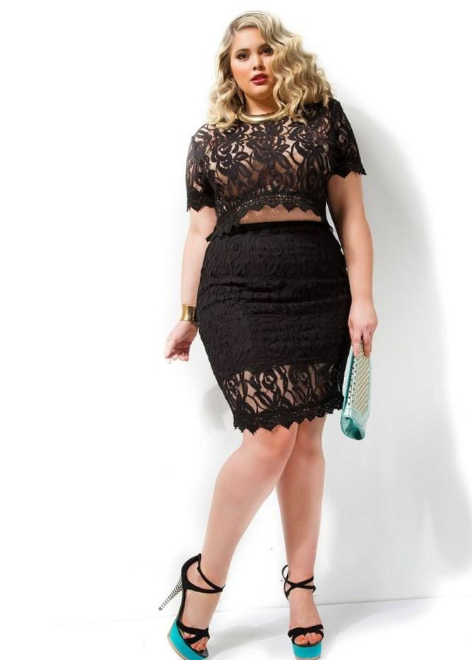 Image 4 of Club L Plus Size Body-Conscious Dress with Paisley Panel