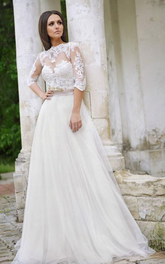 Plus size lace wedding dress with sleeves - PlusLook.eu Collection