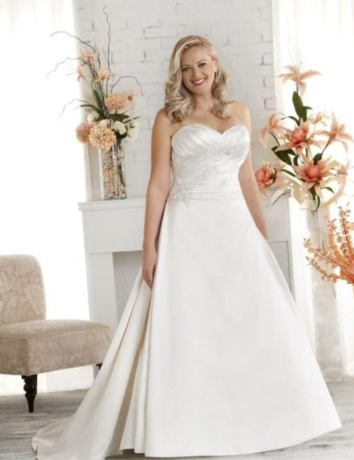 1514 Unforgettable by Bonny Bridal - Ruched plus size wedding gown. A line skirt with