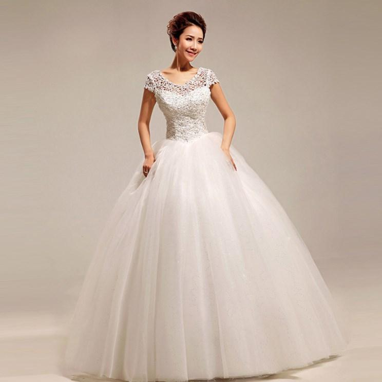 Plus size princess ball gown wedding dresses for Princess plus size wedding dresses