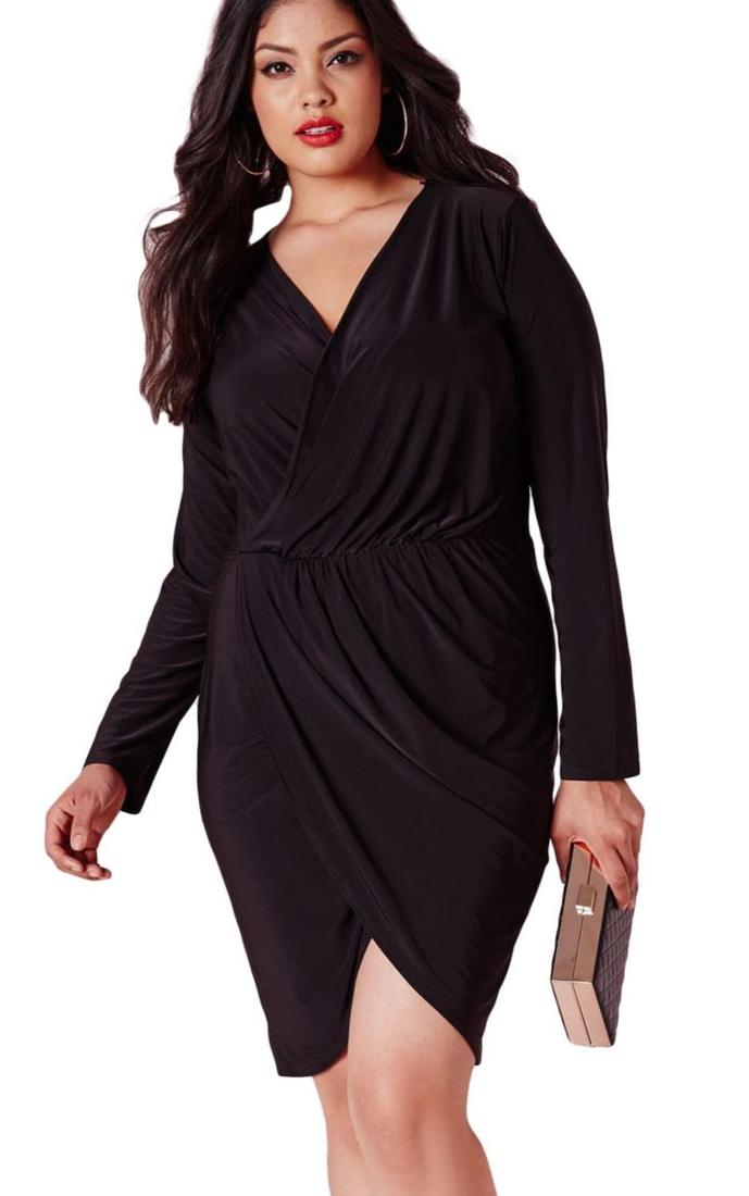 Cheap Long Black A-Line Plus Size Mother Of The Bride Dresses Simple Sheer Straps