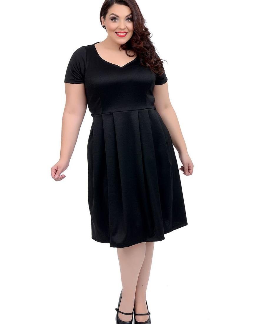 Plus Size 1950s Style Black Short Sleeve Stretch Knit Bella Swing Dress