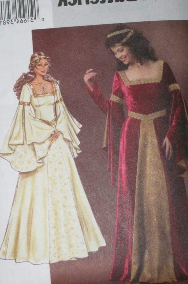 Plus Size Medieval Wedding Dresses Pluslook Eu Collection