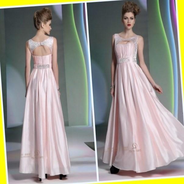 Wedding dress plus size apple shape weddings best dress for Wedding dresses for apple shaped brides