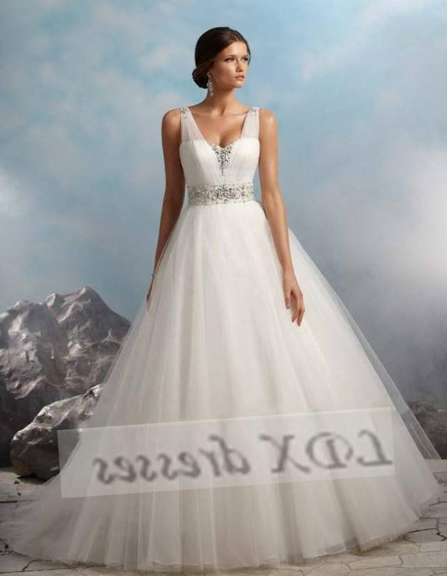 Plus Size Halter Wedding Dresses With Color Fashion
