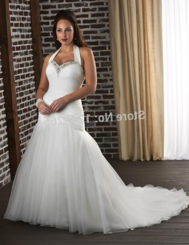 Fit And Flare Big Women Wedding Dress With Straps Lace Embellished Plus Size Bridal Gown Lace