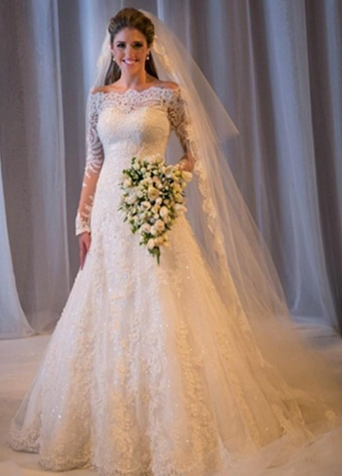 Plus size lace sleeve wedding dress collection for Wedding dresses size 14