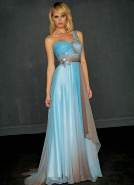Discount Prom Dresses and Gowns in Plus Sizes. Are you looking for a discount prom dress or plus-size dresses on sale? Shop this collection of closeout party dresses that offers cheap plus prom dresses, cheap formal dresses, and budget-friendly semi-formal party dresses in plus sizes.