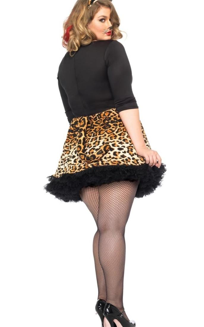 plus size fancy dress ideas  cowgirl  cleopatra  nurse  moulin rouge  alice in wonderland costumes