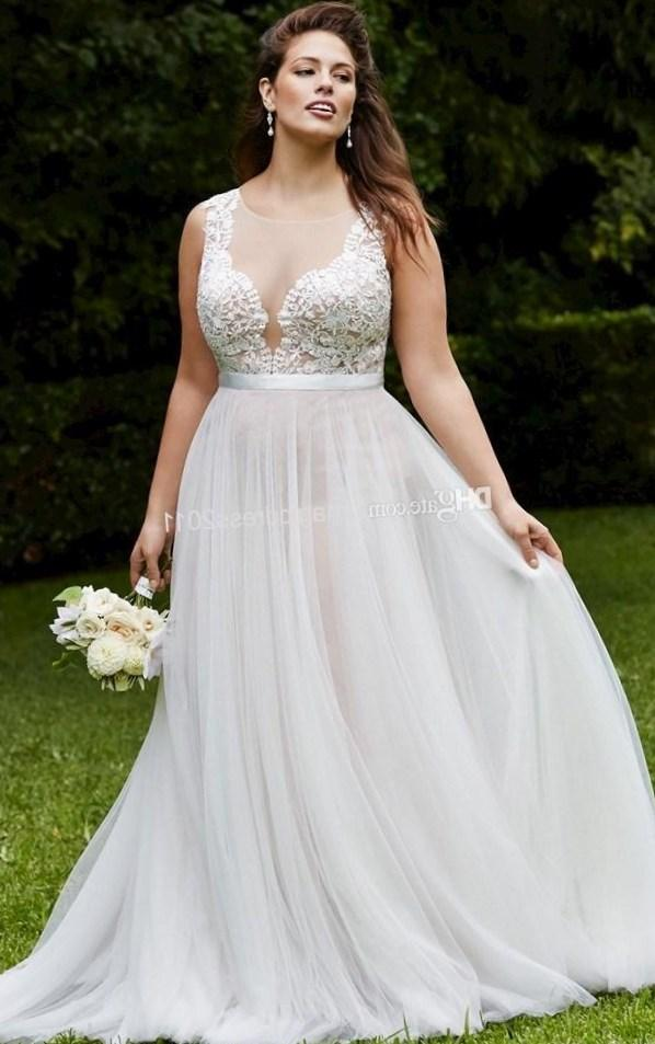 Elegant Plus size Lace Wedding Dresses Vintage Bridal Gowns with Sheer-Illusion Back 2017 A