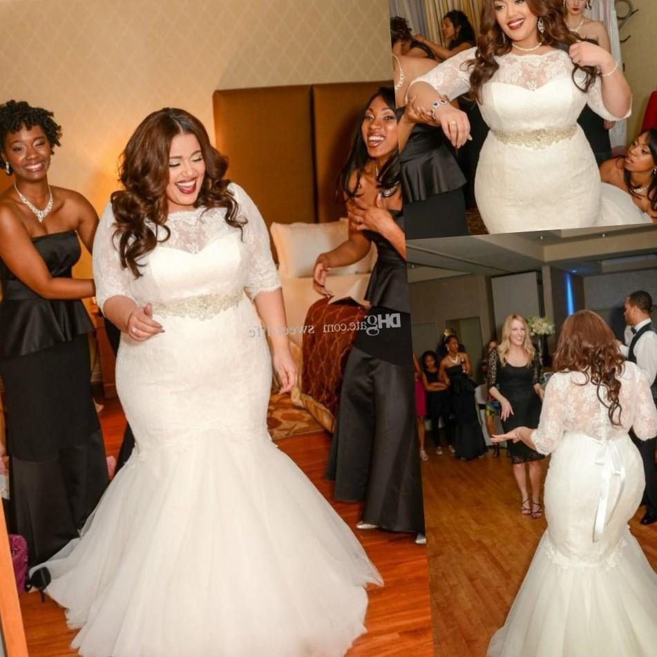 Plus size vintage wedding dress, plus size beach wedding dress, etc, there are a lot of choices. Ask your friends, family, your fiancé or even the internet.