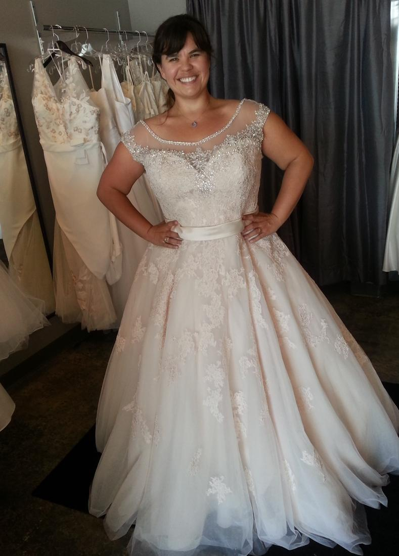 Plus size ball gown wedding dress collection for What size wedding dress am i