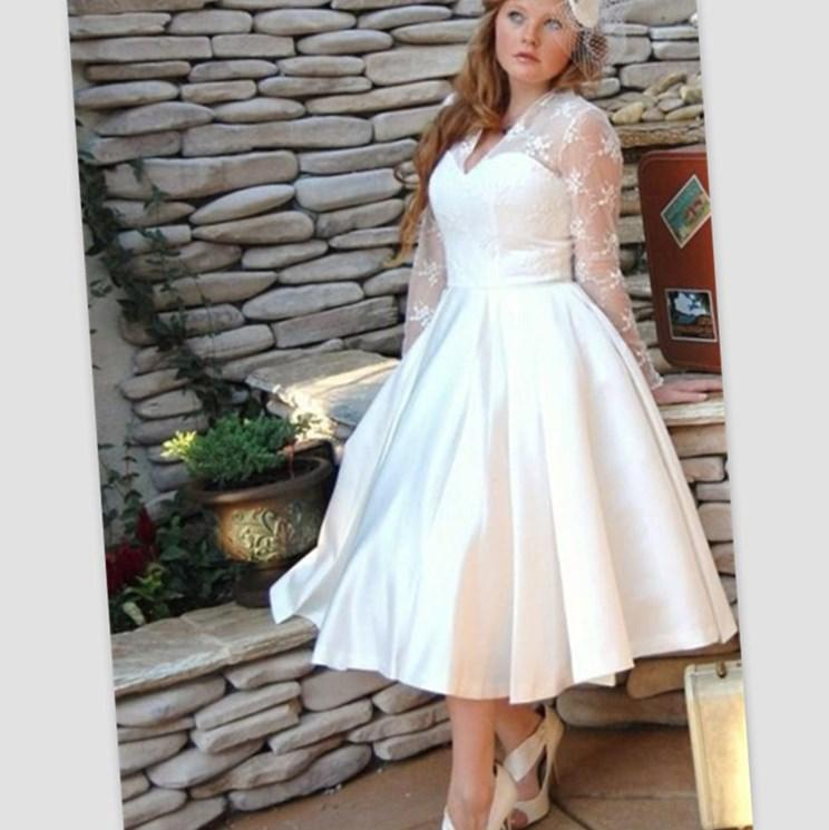 Short Wedding Dresses Plus Size 2017 White Tea Length Gowns V Neck Long Sleeves Boho