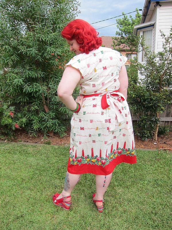 vintage 1940s christmas novelty dress